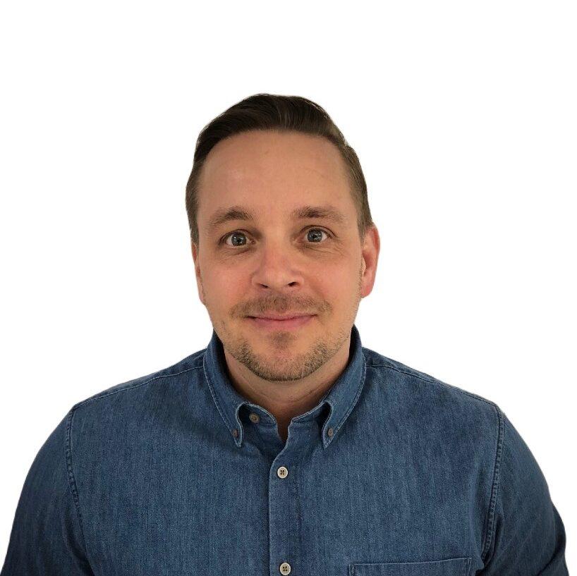 Porträttbild av Niklas Byström. Affärsutvecklare och Säljare